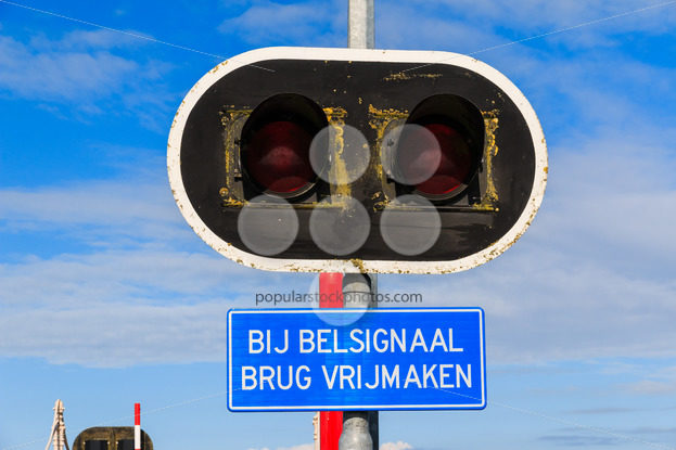 Bycicle bridge warning sign and lights – Popular Stock Photos