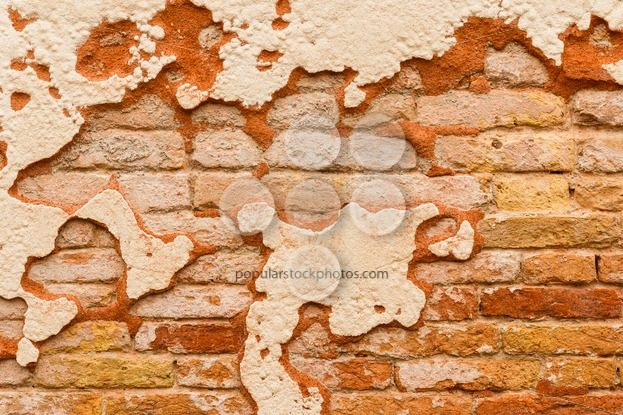 Close up brick wall broken plaster – Popular Stock Photos