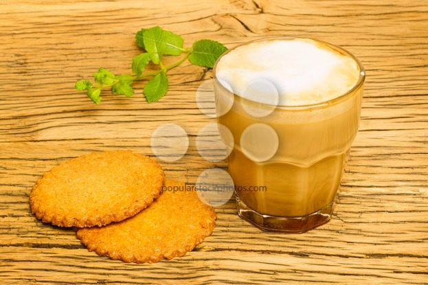 Cookie and cappuccino kitchen table oak – Popular Stock Photos