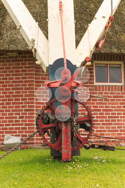 Machinery with gear to rotate head of historic windmill – Popular Stock Photos