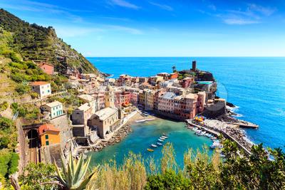 Vernazza cinque terre Italy with railway Stock Photo